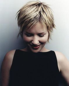 Easy Pixie Haircut - Summer Hairstyle Ideas