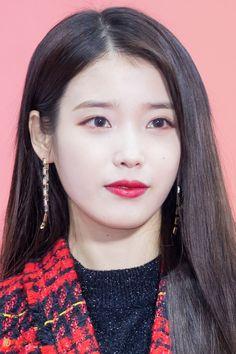 171202 IU at Melon Music Awards Red Carpet by. Korean Actresses, Korean Actors, Korean Girl, Asian Girl, Iu Twitter, Ailee, Chinese Actress, My Princess, Ulzzang Girl