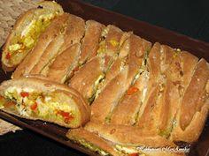 Kakkupuoti MariAnnika: Kana-feta-leipä Hot Dog Buns, Hot Dogs, Finger Foods, Feta, Tacos, Bread, Ethnic Recipes, Finger Food, Brot