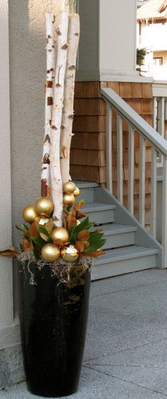 Winter Holiday Planters #holiday