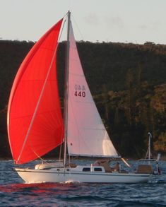 The Alberg 30 Sailboat : Bluewaterboats.org