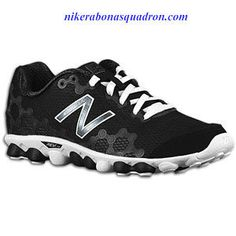 4057867289c6 Barefoot Running With The New Balance Minimus Ionix M3090WB Triple Black  White Silver Mens Running Sneaker
