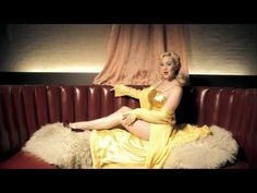 Kellie Pickler- Makin' me Fall in Love Again. Totally obsessed with the style of this video. & kellie of course <3