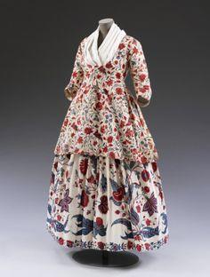 Chintz Jacket and Petticoat  1730-1770  The Victoria & Albert Museum