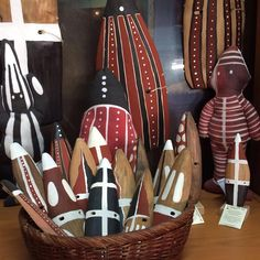 Ethnicity Collection: their beautiful pieces are characterized by clean, fine lines and attention to detail. All handmade in Chile. Native Art, Chile, Nativity, Sculpting, Ethnic, Colours, Cleaning, Detail, Random