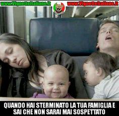 Il #bambino #assassino  #vignetteitaliane.it #vignette #italiane #immagini #divertenti #lol #funnypics #umorismo #humour #ridere #risate #humor