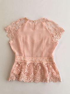 Blouse Styles, Blouse Designs, Beautiful Casual Dresses, Look Fashion, Fashion Outfits, Myanmar Dress Design, Sunday Dress, Plus Size Formal Dresses, Cute Blouses