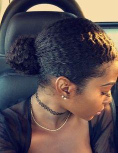Image de curly hair, bun, and wavy