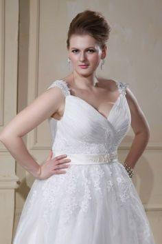 Elegant Ballgown carrier application beaded wedding dress