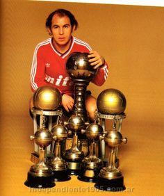 El único 10 con más copas. Ricardo Bochini