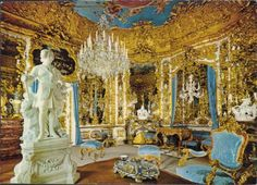 Castle Linderhof - Mirror room- so cool, looks like it goes on forever