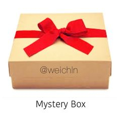 Mystery Box I want to try something different since I'm trying to clean out my closet  I can make a mystery box with 3-5 items of: ▪️sizes small OR medium ▪️beauty products ▪️shoes 8-8.5 tell me what you prefer to have and not to have in the comments. Thanks so much most of what will be in the mystery box is featured in my closet Other
