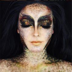halloween make up drachen augen lippen dekoltee schwarz gold  #fasching #carnival