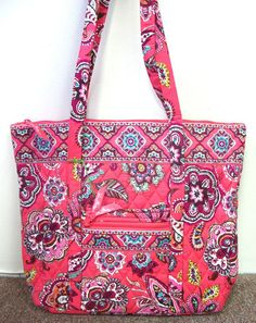 ccf0882f342e 24 Best May 19 Exclusively Vera Bradley Auction 8p CDT images