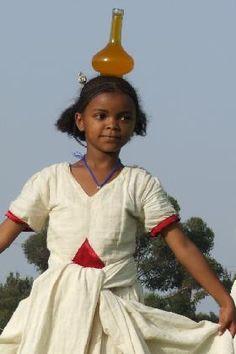 Dancing Tigrinya girl at Festival Eritrea 2006  http://www.asmera.nl/eritrea2006/eritrea672906.jpg