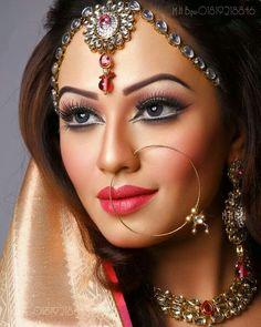 Super Bengali Bridal Makeup Make Up Ideas Airbrush Make Up, Bengali Bridal Makeup, Makeup Wallpapers, Makeup Before And After, Desi Bride, Cream Concealer, Braut Make-up, Simple Makeup, Bridal Looks