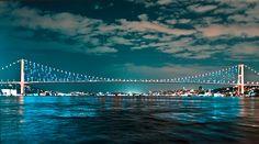 Boğazda mukemel bir teknede eğlence yemek ve essiz boğaz manzarası ile mükemmel bir gece