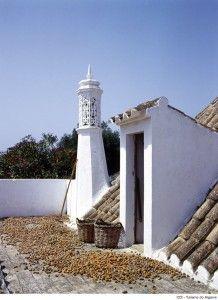 A «chaminé algarvia» Algarve Portugal