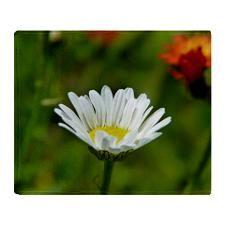 Daisy Flower Throw Blanket