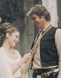 Image about LUke in Star Wars by Primadonna Girl - Star Wars Princesses - Ideas of Star Wars Princesses - Imagen de carrie fisher and harrison ford Princess Leia Costume Kids, Princess Leia Outfit, Princess Leia Bikini, Princess Leia Quotes, Carrie Fisher, Star Wars Cast, Star Wars Han Solo, Star Trek, Leila Star Wars