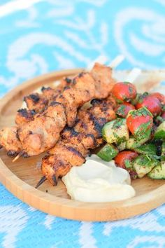 """Determine additional information on """"barbecue"""". Look into our site. Meat Recipes, Asian Recipes, Cooking Recipes, Healthy Recipes, Cooking Tips, Barbecue, Bbq Skewers, Kebabs, Lebanese Recipes"""