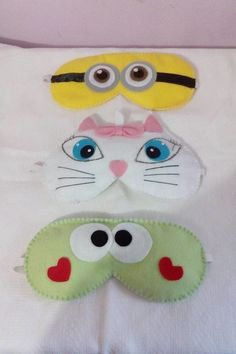 Mascaras tematicas varias cores, super confortaveis, tenho 10 na pronta entrega,Todas em feltro e com enchimento, feitas a mão.