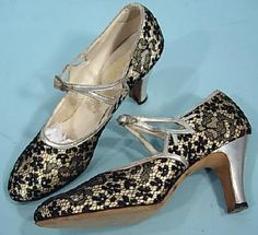 1920's PEACOCK SHOES Black and Silver Lace Evening Party Shoes