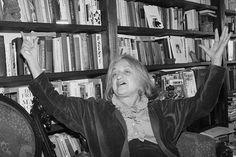 """5 libros fundamentales para entender el feminismo: """"La mística de la feminidad"""", Betty Friedan"""