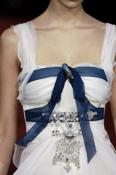 the-fashionhighway:    Christian Lacroix Spring/Summer 2006 Haute Couture