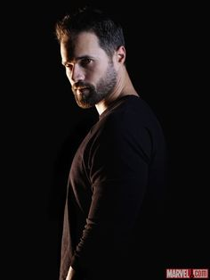 Brett Dalton stars as Grant Ward in Marvel's Agents of S.H.I.E.L.D. ----> Why are all the bad guys sexy as hell??
