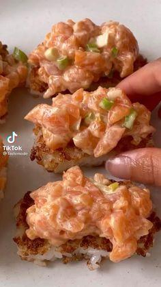 Sushi Recipes, Salmon Recipes, Seafood Recipes, Asian Recipes, Appetizer Recipes, Dinner Recipes, Cooking Recipes, Appetizers, Ethnic Recipes