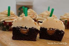 Salted Caramel Mocha Brownie Cups - sweet little brownies with a hidden candy center and salted caramel frosting. Make this easy recipe and watch everyone devour this sweet and salty dessert! Cupcake Recipes, Cupcake Cakes, Dessert Recipes, Brownie Cupcakes, Mocha Cupcakes, Caramel Cupcakes, Gourmet Cupcakes, Strawberry Cupcakes, Velvet Cupcakes