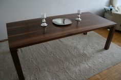 Walnut Dining Delight | Kollabora #DIY #woodworking #kollabora