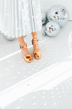 Metallic clogs