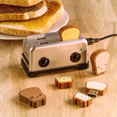 Super cute gift idea for a teen who loves computers or cool little gadgets! Toast and toaster USB's and holder thing. I'm not really into all the technology but I love these!