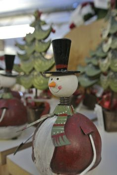 We do Christmas! See our website for details... Live Reindeer, Santa in residence and amazing Christmas displays...