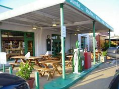 16 Great Restaurants In Old Or Still Functioning Gas Stations