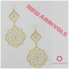 Gold Morrocan earrings #springedition   Para más info contactanos : 809 853 3250 / 809 405 5555 Pagos a través de Paypal  Delivery  Envoltura disponible   #newarrivals #available #newcollection #earrings #aretes #gold #pink #fancy #accesories #jewelry #chic #trendy #delicate #precious #glam #gorgeous #unique #fancy #byou #becomplete #pretty #crystals #complementosjewelry #complementosrd