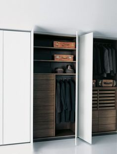 Top 40 Modern Walk-in Closets | http://Notapaperhouse.com magazine