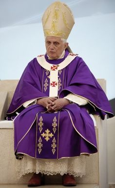 The Pope in purple