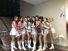 Página Inicial / Twitter Kpop Girl Groups, Korean Girl Groups, Kpop Girls, Extended Play, K Pop, Sana Momo, Twice Jihyo, Fandom, Dahyun