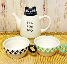 Black Cat Tea For Two — Tea Cup & Tea Pot Set $26.50 http://thingsfromjapan.net/black-cat-tea-for-two-tea-cup-tea-pot-set/ #cat tea set #Japanese tea set #kawaii #cute cat stuff