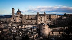 Top 10 most underrated cities in central Italy to visit - Urbino - Travel & Cool & Trend Travelling Tips, Travel Tips, Visit Italy, I Want To Travel, My Land, Tower Bridge, Travel Style, Trip Planning, Barcelona Cathedral