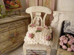 cushion-hand-crocheted-romantic-pink