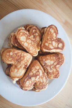 PANCAKES IN THE SHAPE OF HEARTS