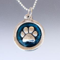 Sterling Silver Jewelry From Israel Silver Ring Designs, Dog Paws, Sterling Silver Chains, Dog Lovers, Jewelry Websites, Jewelry Making, Things To Come, Pendant Necklace, Israel