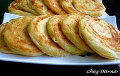 crepes galettes et cie - Chez Darna Moroccan Breakfast, Moroccan Bread, Crepes, Algerian Recipes, Homebrew Recipes, Ramadan Recipes, Home Baking, Savory Snacks, Arabic Food