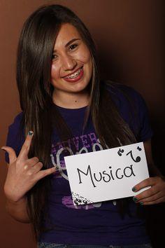 Music, Jaqueline Elizondo, Estudiante, UANL, Salinas Victoria, México