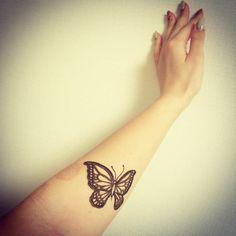 Lindos tatuajes de henna con diseños ecológicos y de naturaleza: http://www.linkverde.com/vida-verde/tatuajes-con-henna-de-disenos-ecologicos/