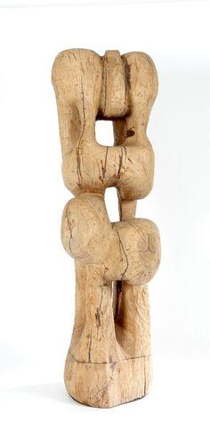 Etienne MARTIN (1913-1995) Hautefeuille, 1992-1994 Bois de frêne sculpté 176 x 62 x 64 cm - Tradart-Deauville - 26/04/2015